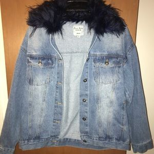 Tops - Fashionable Jean jacket